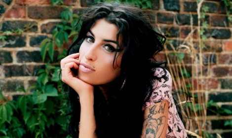 Amy Whinehouse - Body and Soul - Clipe INÉDITO!